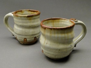 Stoneware Pottery Nuka Glazed Mugs with Iron Stain